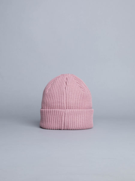 af0fe37f3f4 Champion logo beanie pink centreville store in brussels jpg 450x600 Champion  beanie pink
