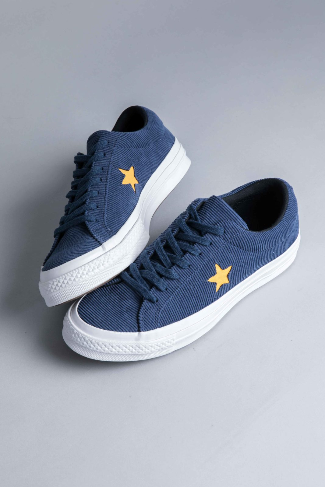 competitive price 8045c 9ddfb Converse One Star OX Corduroy Navy  Converse ...